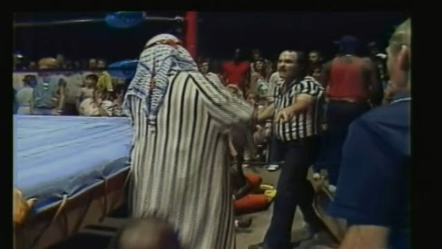 One Man Gang vs. Koko b. Ware
