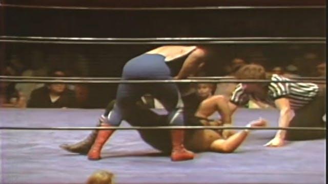 Don Serrano vs. Cyclone Negro