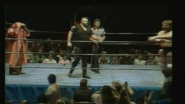 One Man Gang vs. Jim Duggan ( Chain Match )