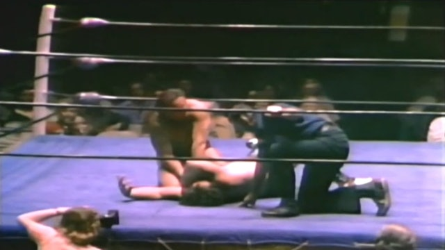 Terry Funk vs. Mark Lewin