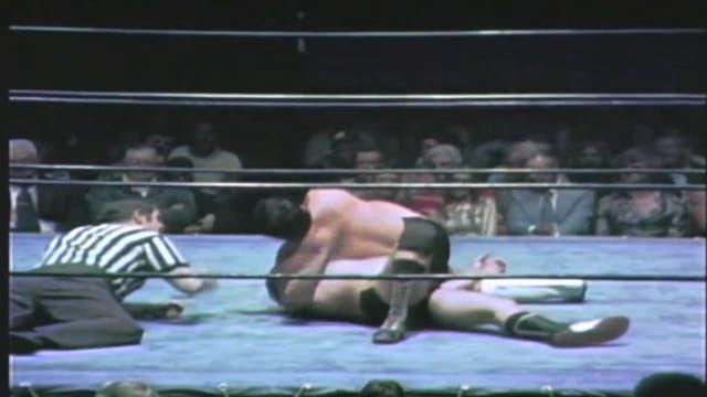 Harley Race vs. Wahoo McDaniels (NWA ...