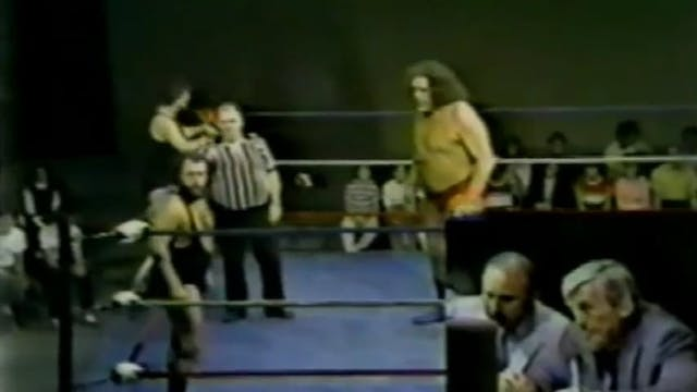 Andre The Giant vs. Bob Boucher & Dan...