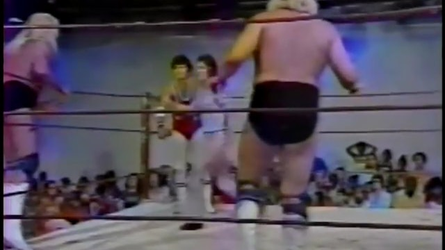 Freebirds vs Jerry  Lawler &Bill Dundee