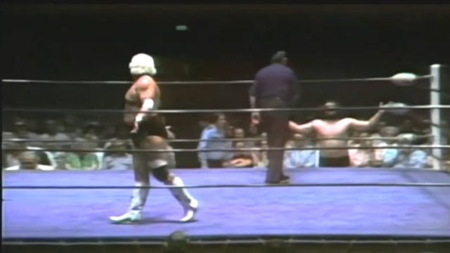 Bruiser Brody vs. Dusty Rhodes