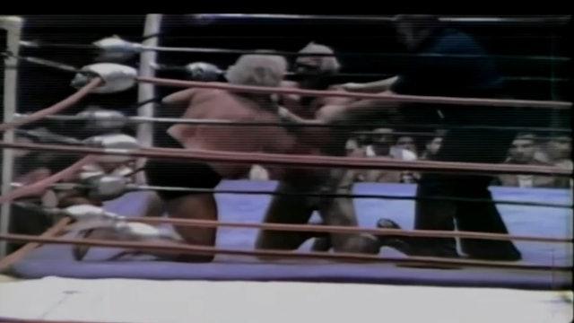 Dusty Rhodes vs. Superstar Billy Graham ( Brass Knuckles)