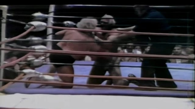 Dusty Rhodes vs. Superstar Billy Grah...