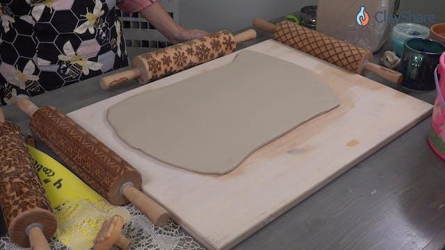Handbuilt-Texture-Mug--03-Add-Texture