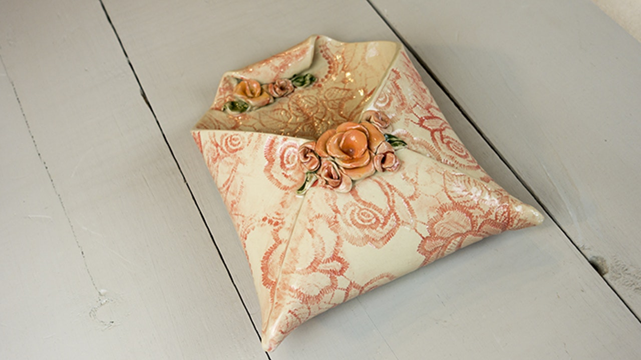 Rose Wall Envelope