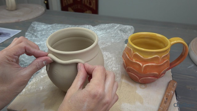 Petal-Mug-07-Sculpting-Top-Petals