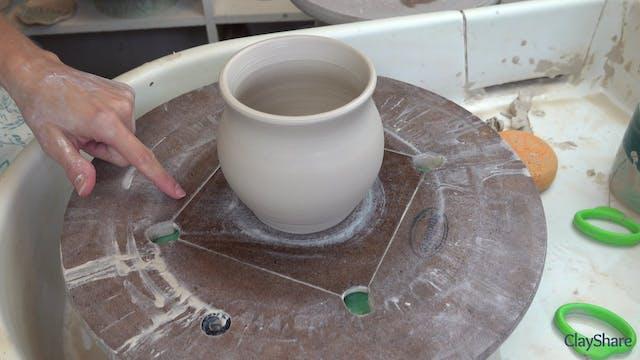 Petal-Mug-04-Shaping
