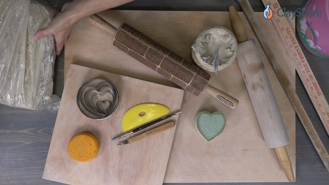 Heart-Trinket-Box-01-Tools
