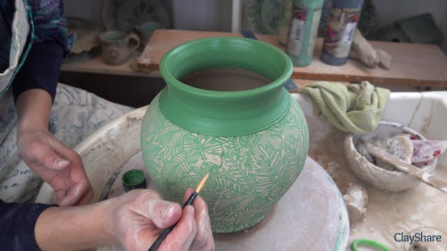 Underglaze-Thrown-07-Apply-Underglaze