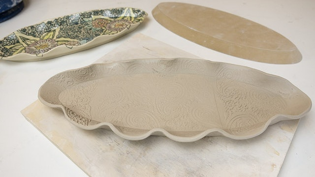 Ruffled Edge Platter