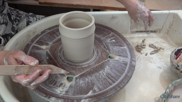 Underglaze-Transfer-Thrown-Mug-02-Throwing-Mug-Form