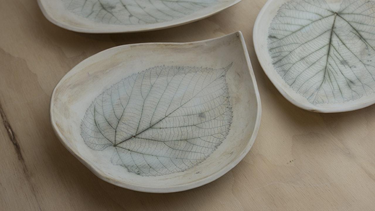 Lovely Leaf Bowl