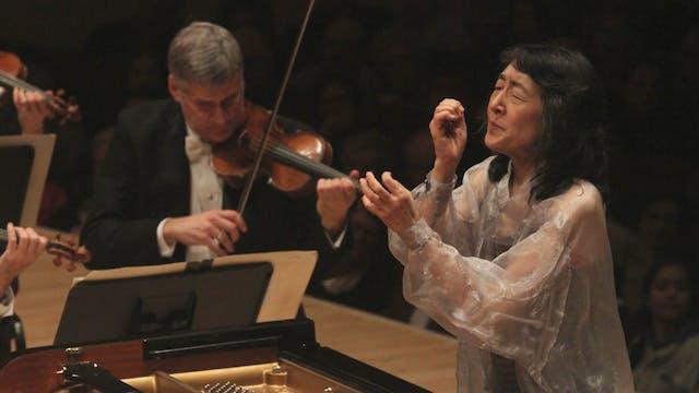 Mitsuko Uchida on The Cleveland Orche...