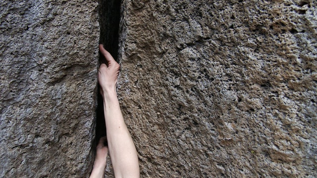 Traditional Climbing: 1. Hand Jamming