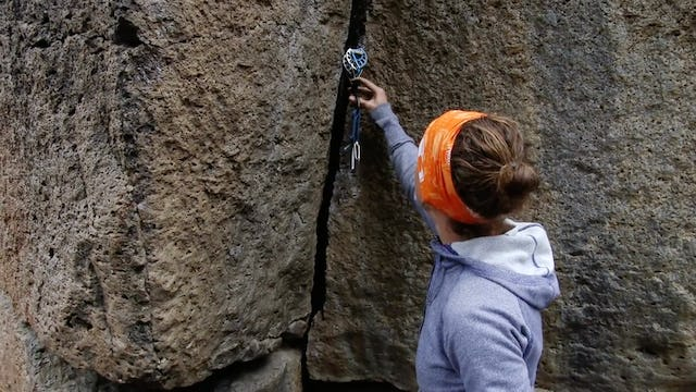 Traditional Climbing: 7. Cam Placements - Hand Sized Cams
