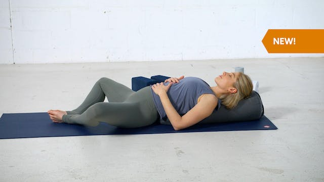 Active Recovery: Happy Hips with Romy