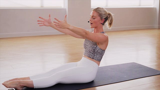 Signature CorePlus Hot Pilates with M...