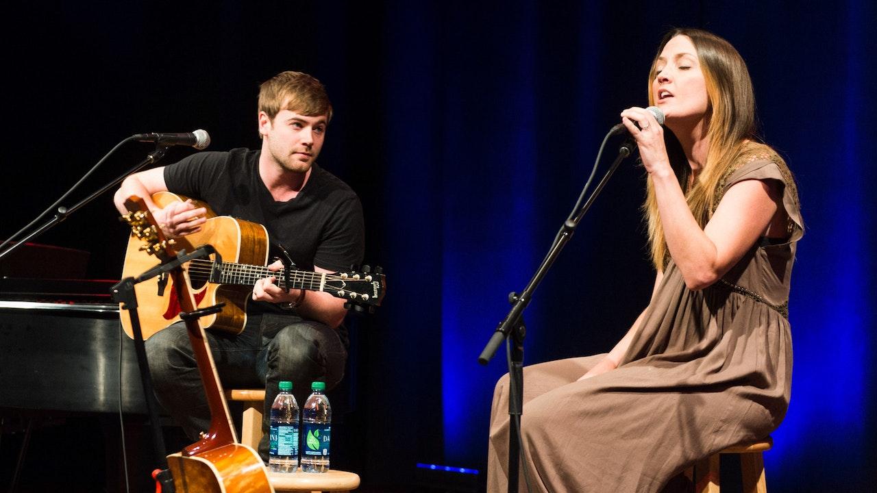 Miranda Lambert: Backstage Access