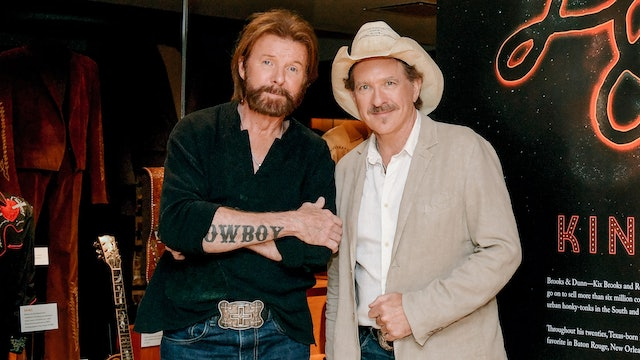 Brooks & Dunn Relive 'Red Dirt Road'