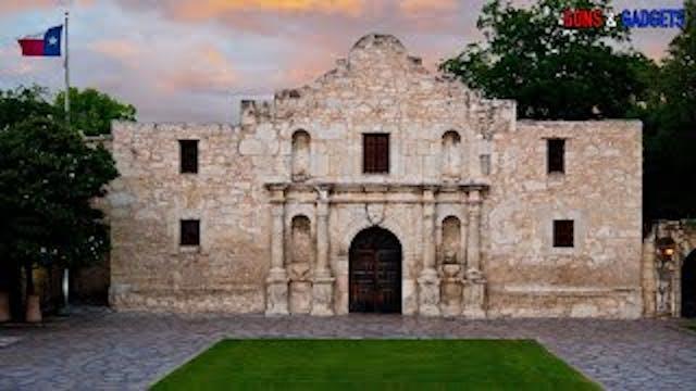 Texas Governor Comes Up BIG For Gun R...