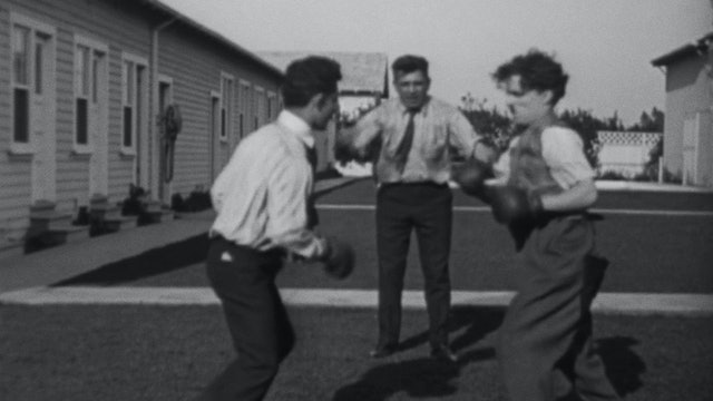 Chaplin the Boxer: Boxing Stars Visit the Studio