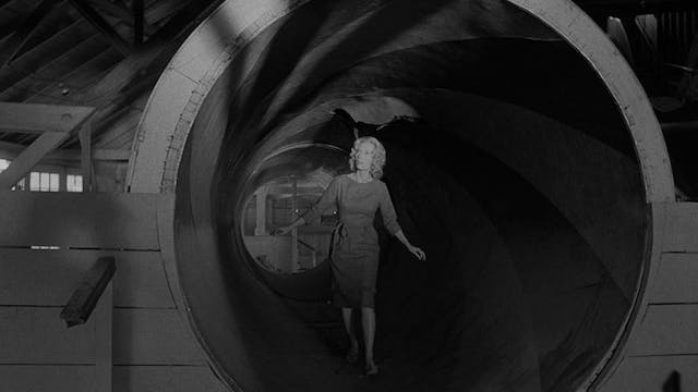CARNIVAL OF SOULS Selected-Scene Comm...