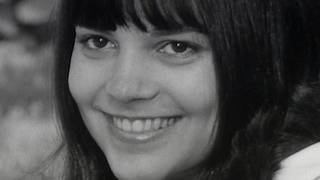"""""""Au-dela de l'écran"""": Chantal Goya, 1966"""