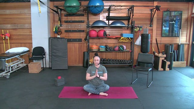 Yoga with Josie: Hips and Back Focus ...
