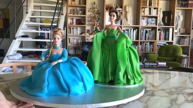 Screaming Divas: Keri Alkema and Sondra Radvanovsky Cakes