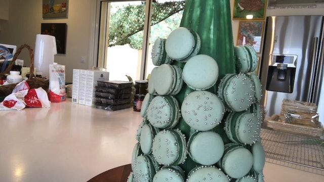 Macaron Christmas Tree