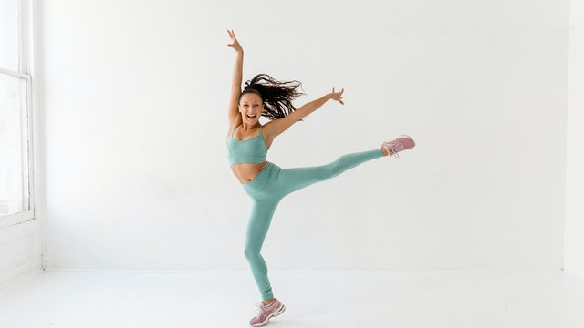 5:15pm ET / 2:15pm PT - DANCE EXPRESS - Yvette