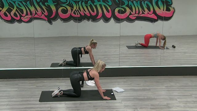 EXPRESS CORE W/ COURTNEY *80'S VS 90'...
