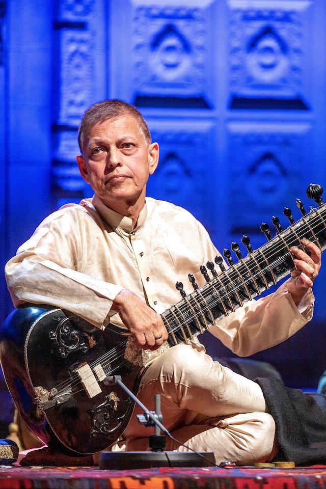 Pandit Budhaditya Mukherjee   Full Concert