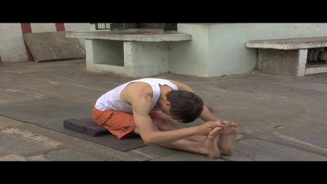 Pashcimottanasana Modification (Seate...