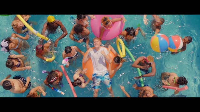 "Jonas Blue & HRVY ""Younger"""