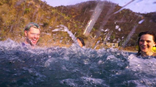 "SofiTukker & Bomba Estereo ""Playa Grande"""