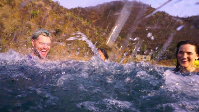 "SofiTukker & Bomba Estereo ""Playa Gra..."