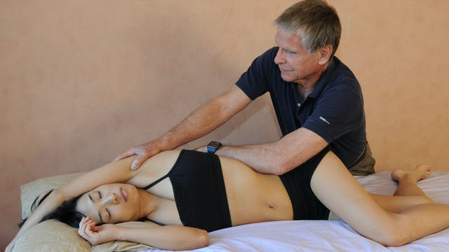 Deep Tissue Massage: An Integrated Full Body Approach