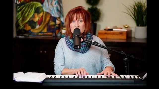 Julie Meyer Live Worship  Thriving in...
