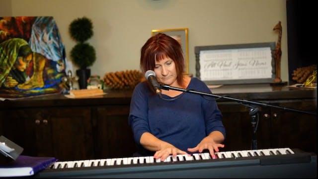 Julie Meyer Worships Jesus and Sings ...