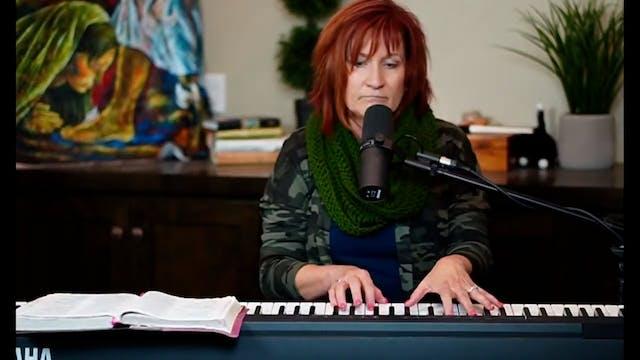 Live Worship with Julie Meyer(2)