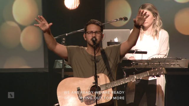 Catch The Fire Worship with Hope Stro...
