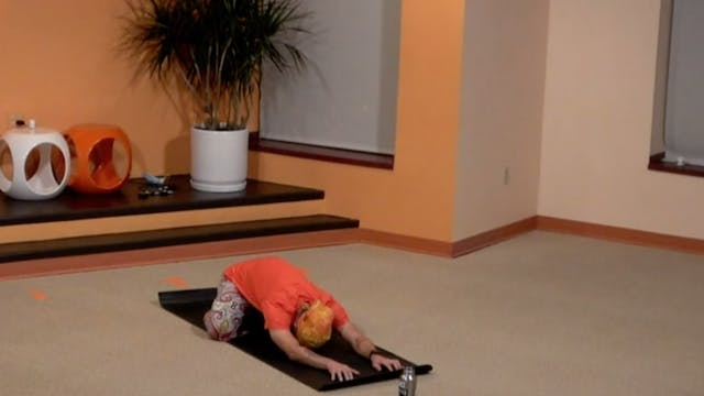 45 Minute Flow with Ian Arm Balances ...