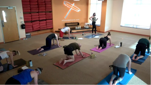 45 Minute Core Flow w/ Cassie (Livestream from 4/1/21)