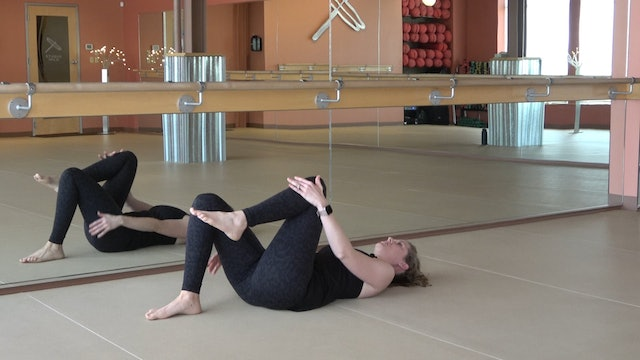 15 Minute BarreAmped Core Segment with Lindsey