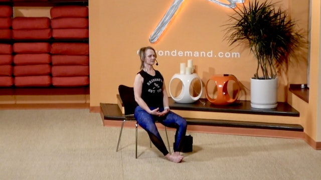 15 Minute Chair Yoga with Kay focusing on upper body (From 01/05/21)