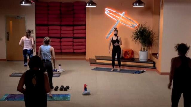 45 Minute Yoga Up w/ Lauren (Livestream from 10/26/20) Starts@ 21:20 Minute mark